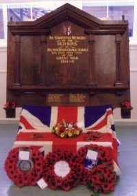 Milton School war memorial plaque © Milton School Old Boys Memorial Fund, 2006/7