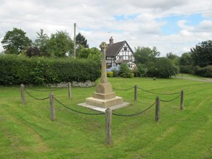 Elmore war memorial © Elmore Parish Council, 2012