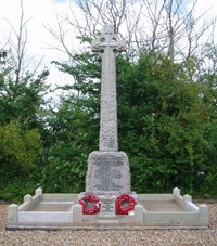 Wimpole and Arrington war memorial © WMT, 2009