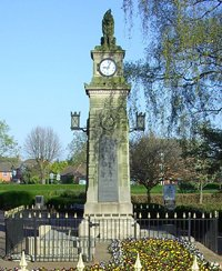 Syston war memorial before grant works © Syston Town Council, 2011
